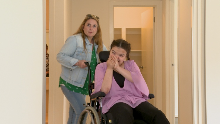 Shania and her mum in her new specialist disability accommodation share house